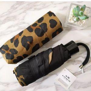Authentic Coach ocelot print Small Umbrella/sleeve